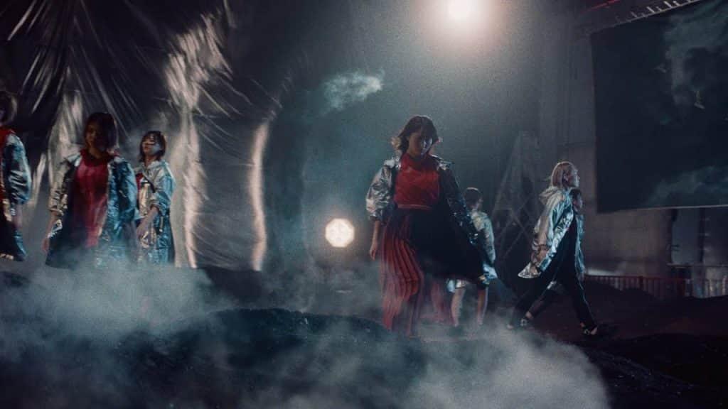 欅坂46新曲『砂塵』やはり全員曲か?CM選抜に参加していない平手友梨奈の声が聞こえるような気がすると話題に